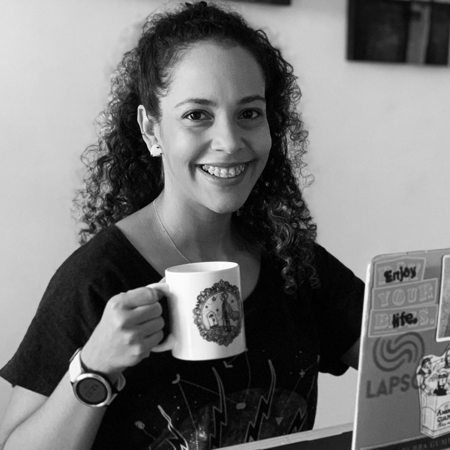 Yira Rodríguez - Starholding